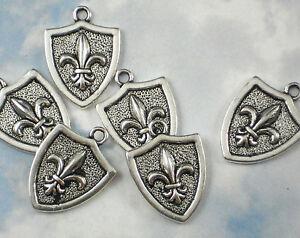 6-Fleur-de-Lis-Shield-Charms-Antiqued-Silver-Tone-Pendants-NOLA-Fluer-P587