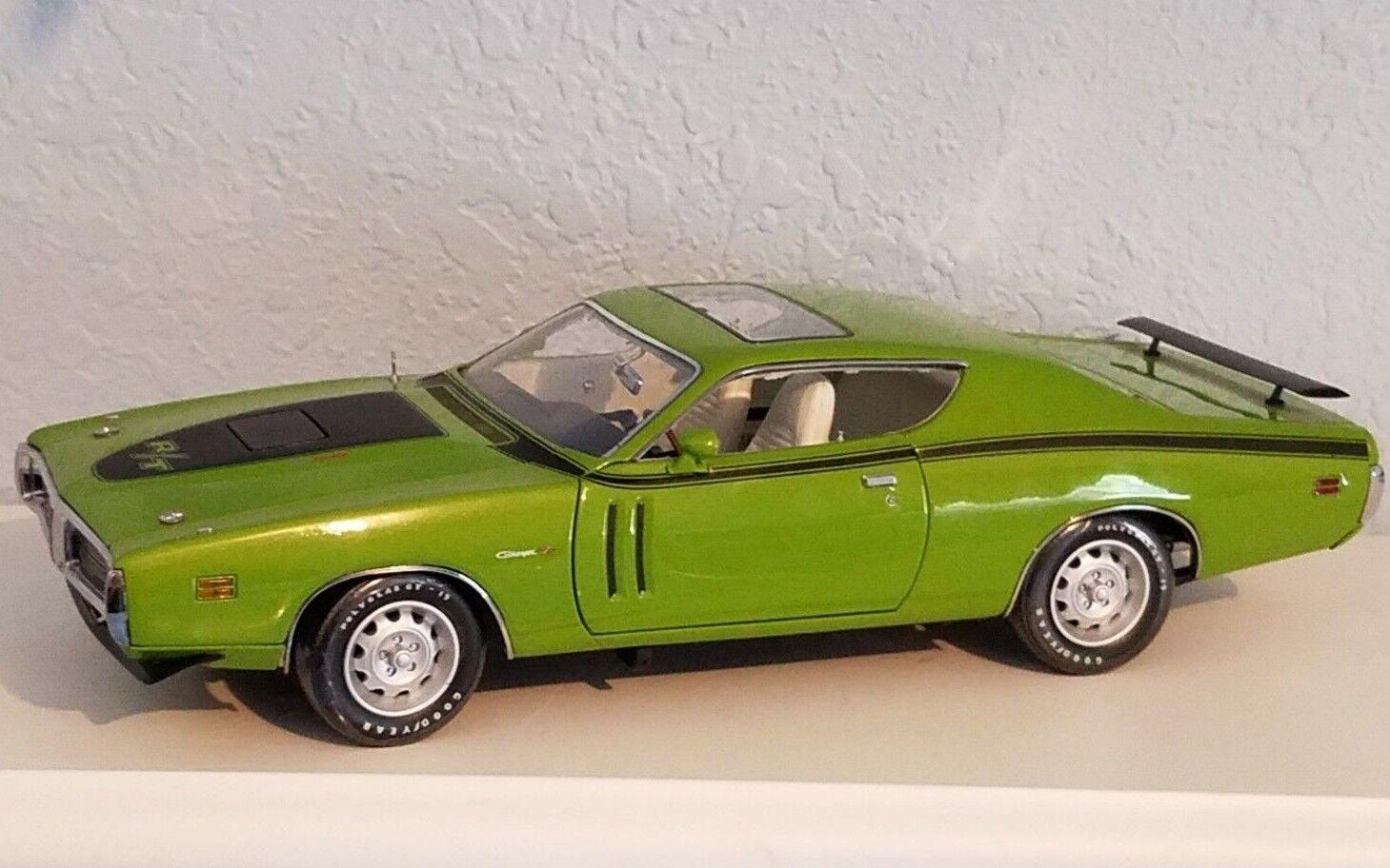 1 18 Racing Champions Matco Tools 1971 Dodge Cargador R T verde PD