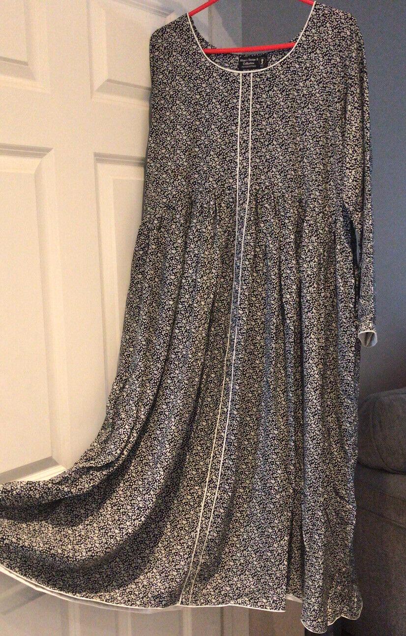 Modest Dresses/Abaya Islamic Long Sleeve Maxi Dress XL-2XL