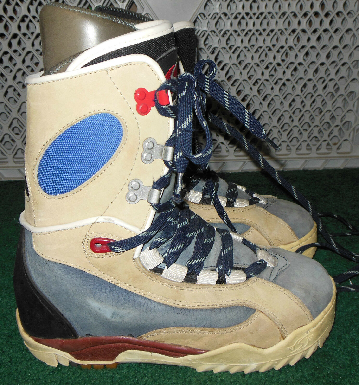 VINTAGE SIMS  MENS  SIZE  8 SNOWBOARD BOOTS,  hot sale