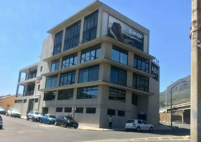 280m² Office To Let in Zonnebloem
