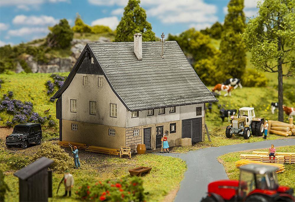 autentico Tagelöhnerhaus, Ftuttier Miniature Kit di Costruzione H0 H0 H0 (1 87), Art. 130538  grande sconto