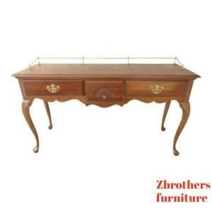 Cherry Queen Anne Sofa Hall Foyer Table