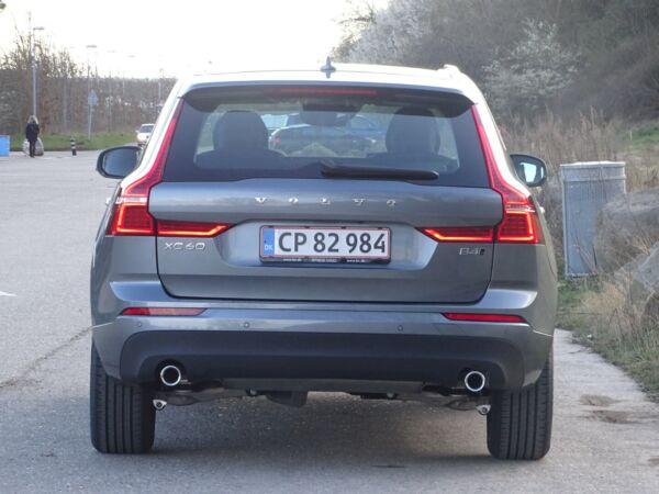 Volvo XC60 2,0 B4 197 Momentum aut. AWD - billede 4