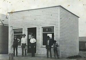 ORIGINAL-SOUTH-WESTERN-BARBER-SHOP-w-NATIVE-AMERICANS-PHOTO-POSTCARD-c1910-RPPC