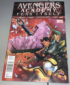 AVENGERS ACADEMY #17 Marvel 2011 Newsstand Variant
