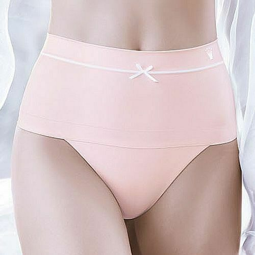 Triumph Smooth Sensation Hipster String IN LIGHT PINK OR BLACK COLOUR!!! T-7