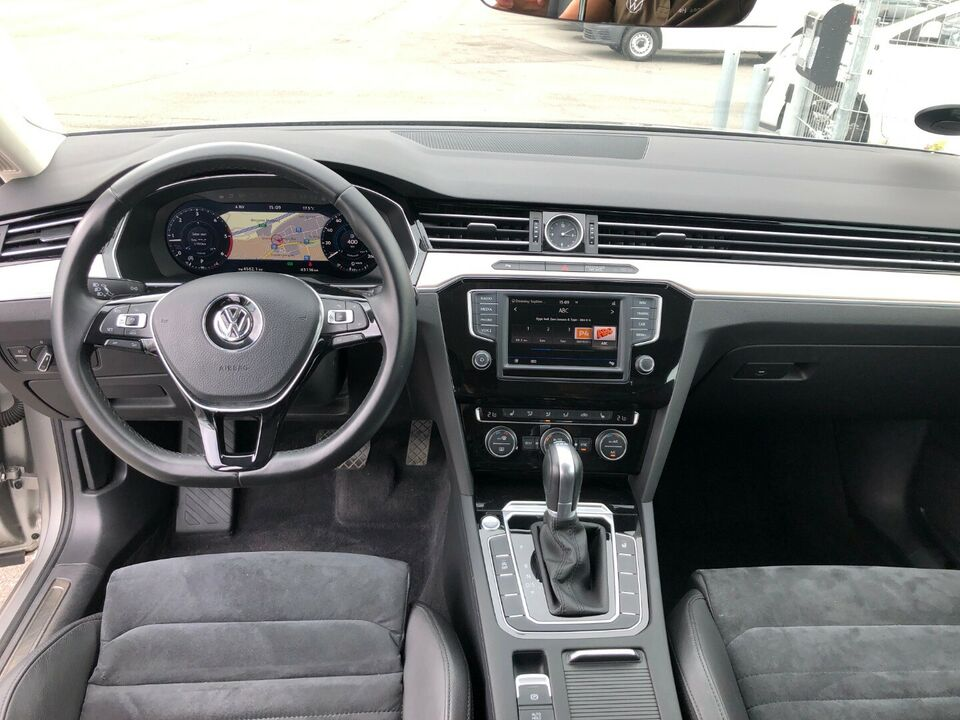 VW Passat 2,0 TDi 150 High+ Vari. DSG Diesel aut.
