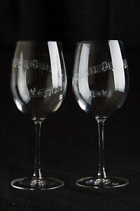 Set-of-2-large-Wine-glasses-19oz-Spiral-Music-Notes-Graduation-Birthday-Gift