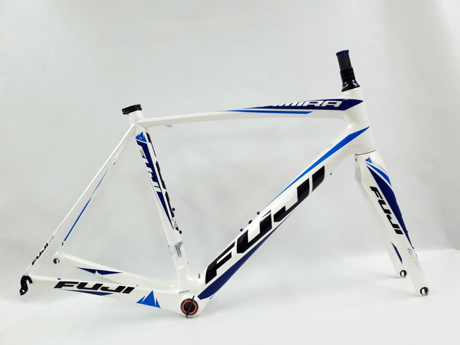 Fuji Altamira Full Carbon Frame Frameset - Medium   Large - 56cm -