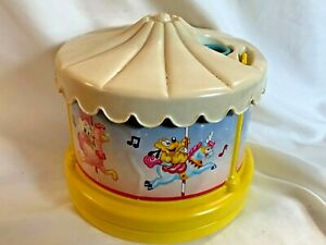 Vintage-Disney-Music-Carousel-With-Projector-Light-Nursery-Baby-Made-In-Mexico
