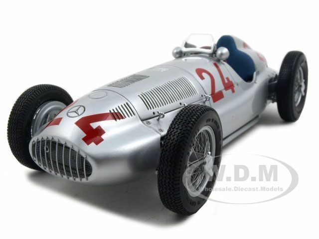 1939 MERCEDES W 165 LIMITED TO 5000PC 1 18 DIECAST MODEL CAR BY CMC 074