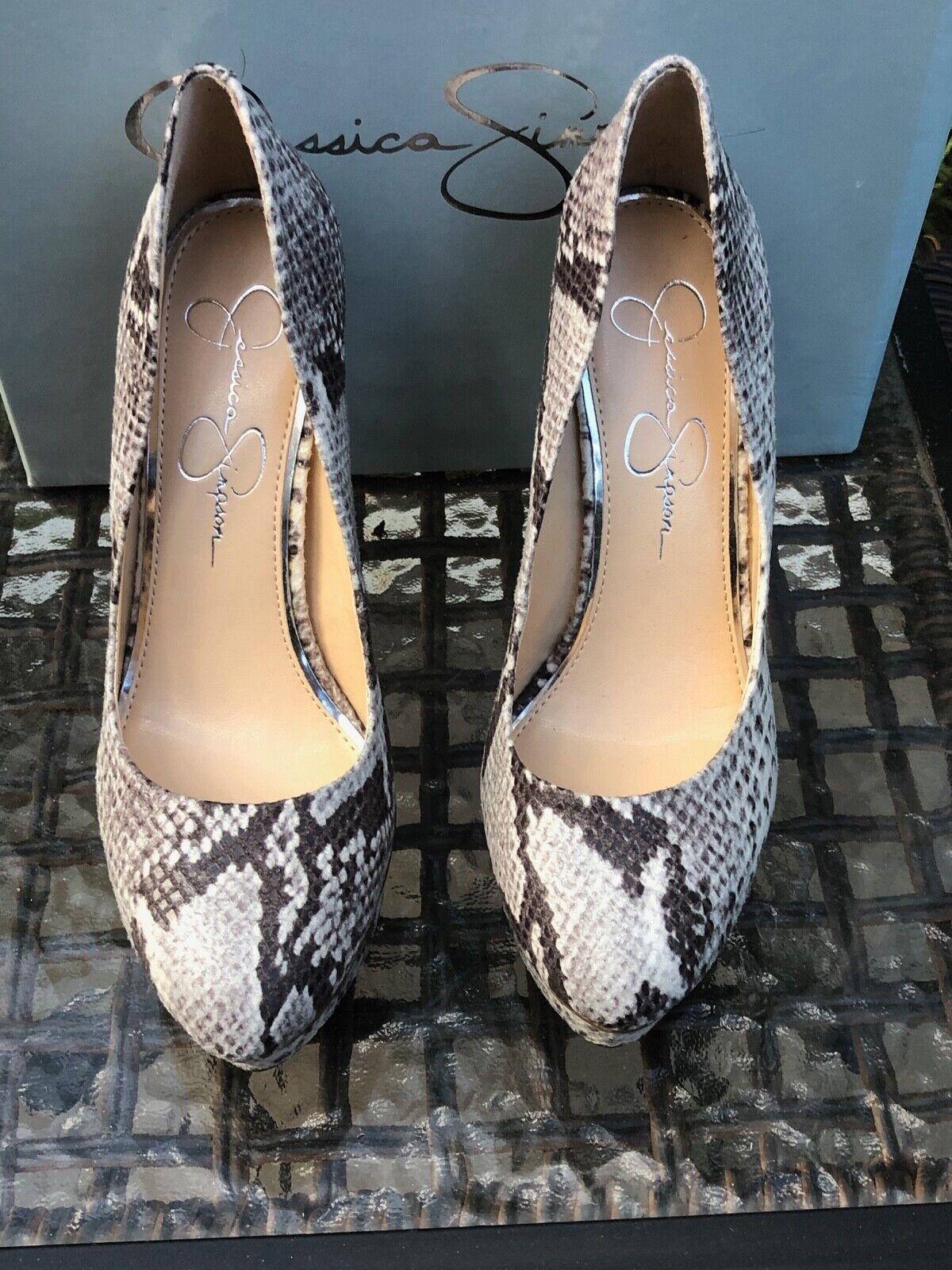 NOUVEAU  Jessica Simpson winslo chaussures compensées Couleur  gris serpent Taille  6.5