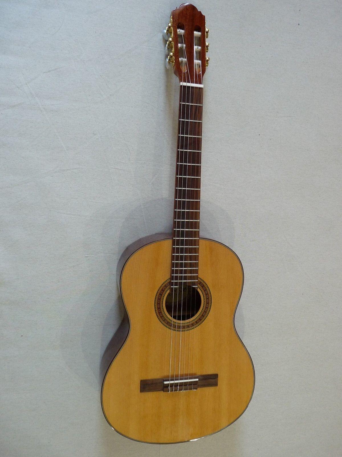 Ivan´s Guitars CG-100 Natur - NEU - Konzertgitarre m. Tasche vom Fachhändler NEU