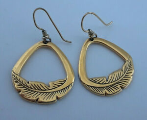 Artist-Signed-Laurel-Burch-Gold-Tone-Feather-Earrings-J183