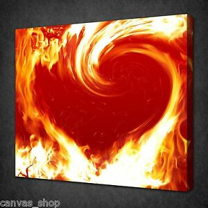 RED ORANGE BLAZING HEART FIRE MODERN WALL ART PICTURE CANVAS PRINT READY TO HANG