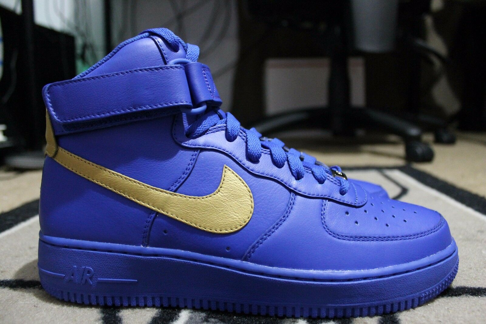 New Nike iD Air Force One 1 Hi Yeezy Size 8 Blue/Gold