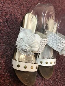 Ladies Kelsi White Sandals Size 6 | eBay