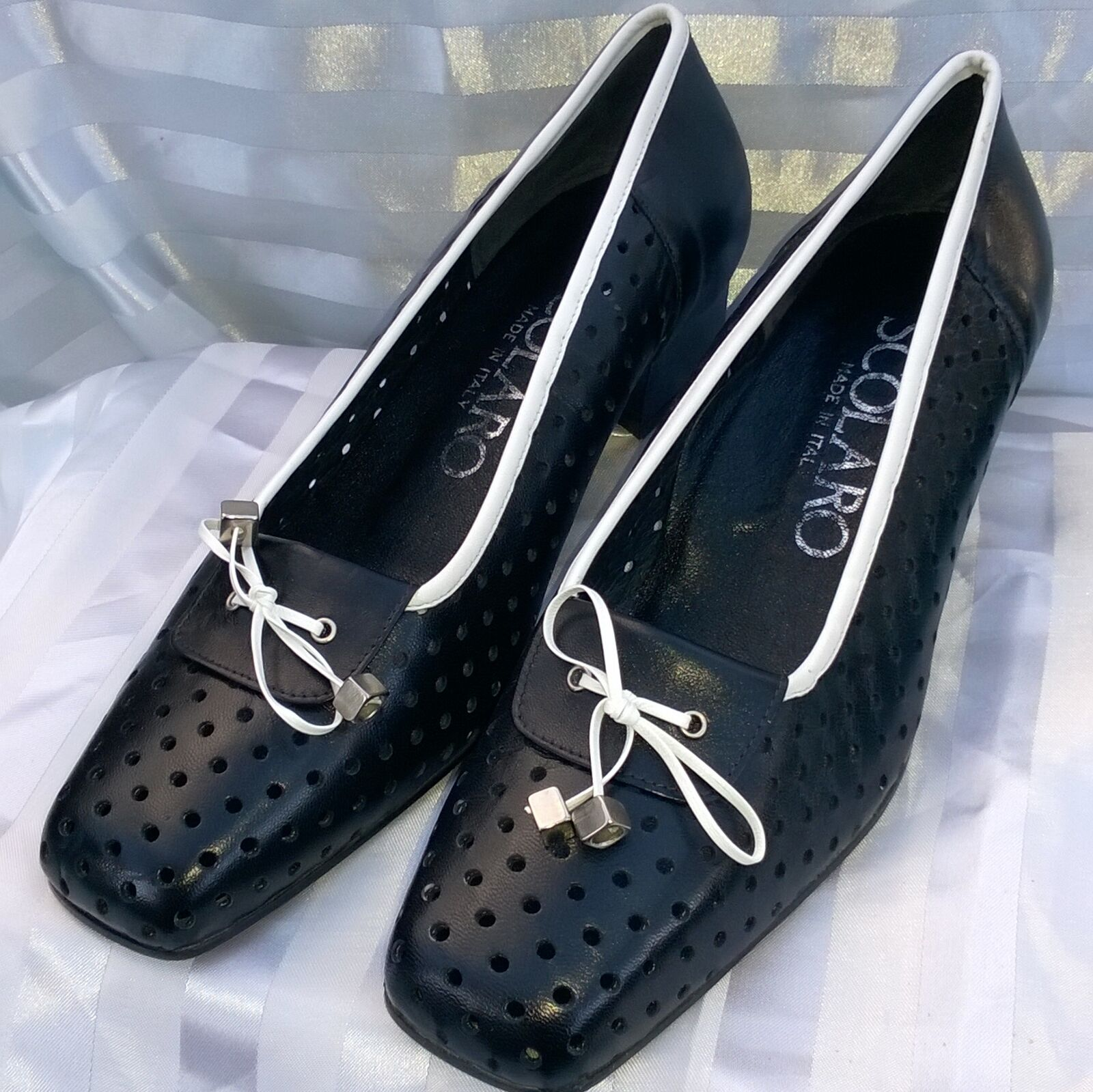 BRAND NEW. 'SCOLARO' SIZE 39.  LEATHER IN/OUT. BLACK WITH WHITE DETAILS. ITALIAN