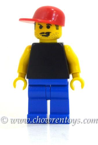 LEGO 3402 Sports Soccer Fan 1 Minifigure w// Black Torso Blue Legs /& Red Cap NEW