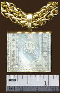14k Carré Petite Fine Pendentif C1780 Antique Chinese Mother Pearl Engravd Fleurs-afficher Le Titre D'origine