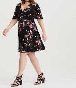 2b85c684994 Image is loading Torrid-Black-Floral-Jersey-Knit-skater-Dress-6X-