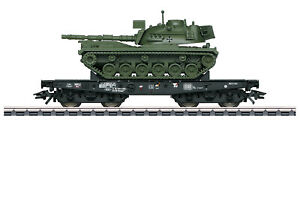 Maerklin-H0-48798-Schwerlastwagen-der-DB-034-beladen-mit-Kampfpanzer-M-48-034-NEU-OVP