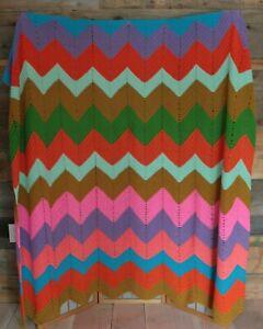 Handmade-Crocheted-Afghan-Throw-CHEVRON-Zig-Zag-Afgan-Blanket-70-034-x-90-034