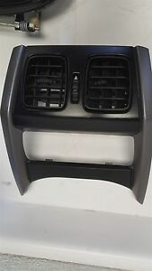 04 05 06 Pontiac GTO REAR Console Vents without Storage