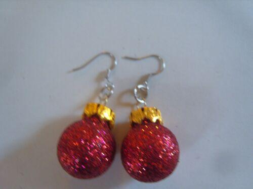 Ohrring mit Weihnachtsbaumkugel rot Glitzer ca 1,8 cm Gross Glas