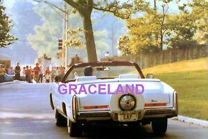 ELVIS-PRESLEY-GRACELAND-CADILLAC-EAP-LICENCE-PLATE-UNIQUE-IMAGE-PHOTO-CANDID