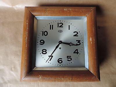 Antik Uhr Wanduhr Eckig Marke Odo Mit Schlüssel Vintage