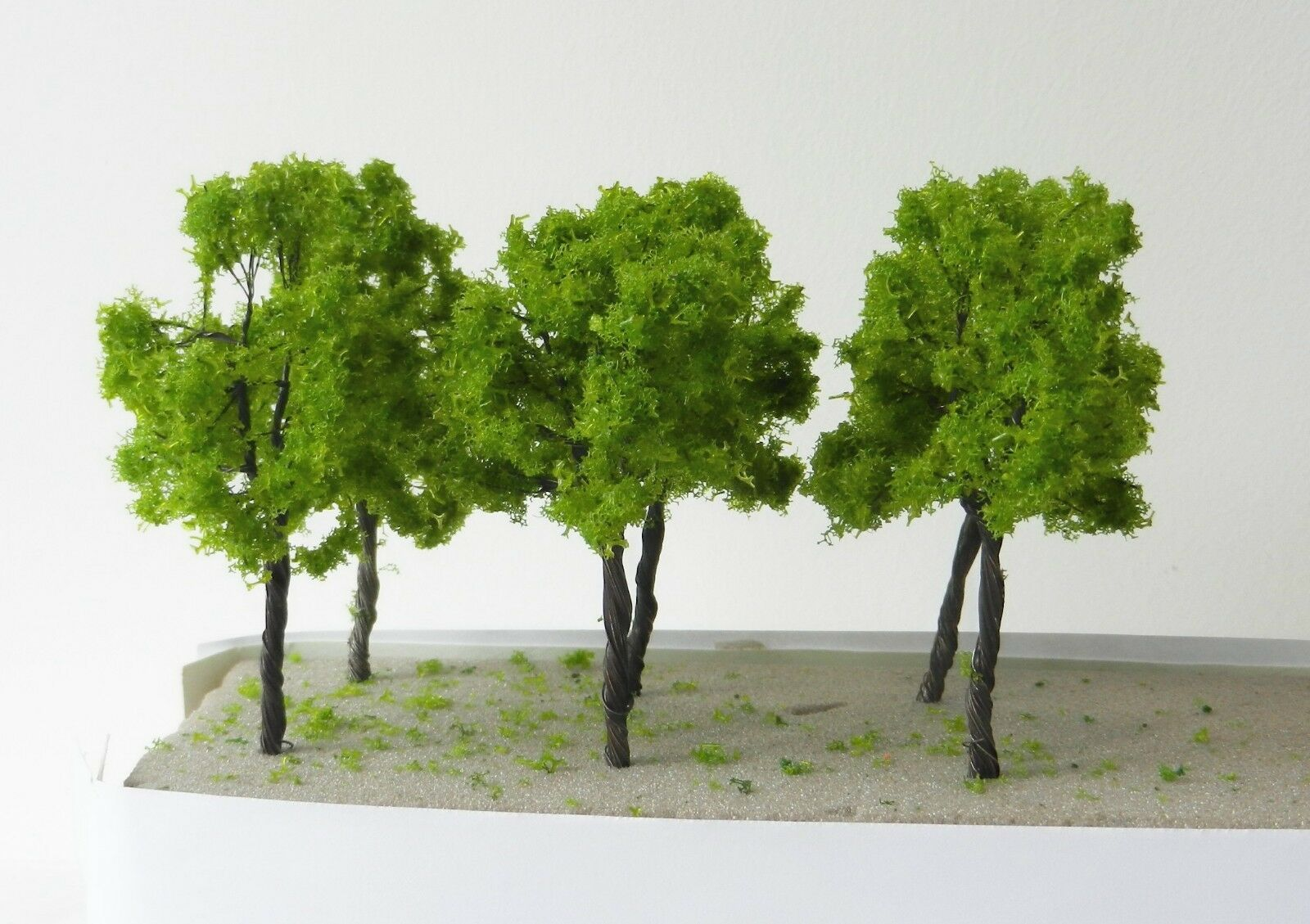 20 x IRON WIRE MODEL TREES 11 cm SCENERY FOR MODEL RAIL OO HO SCALE  B22 WARGAME