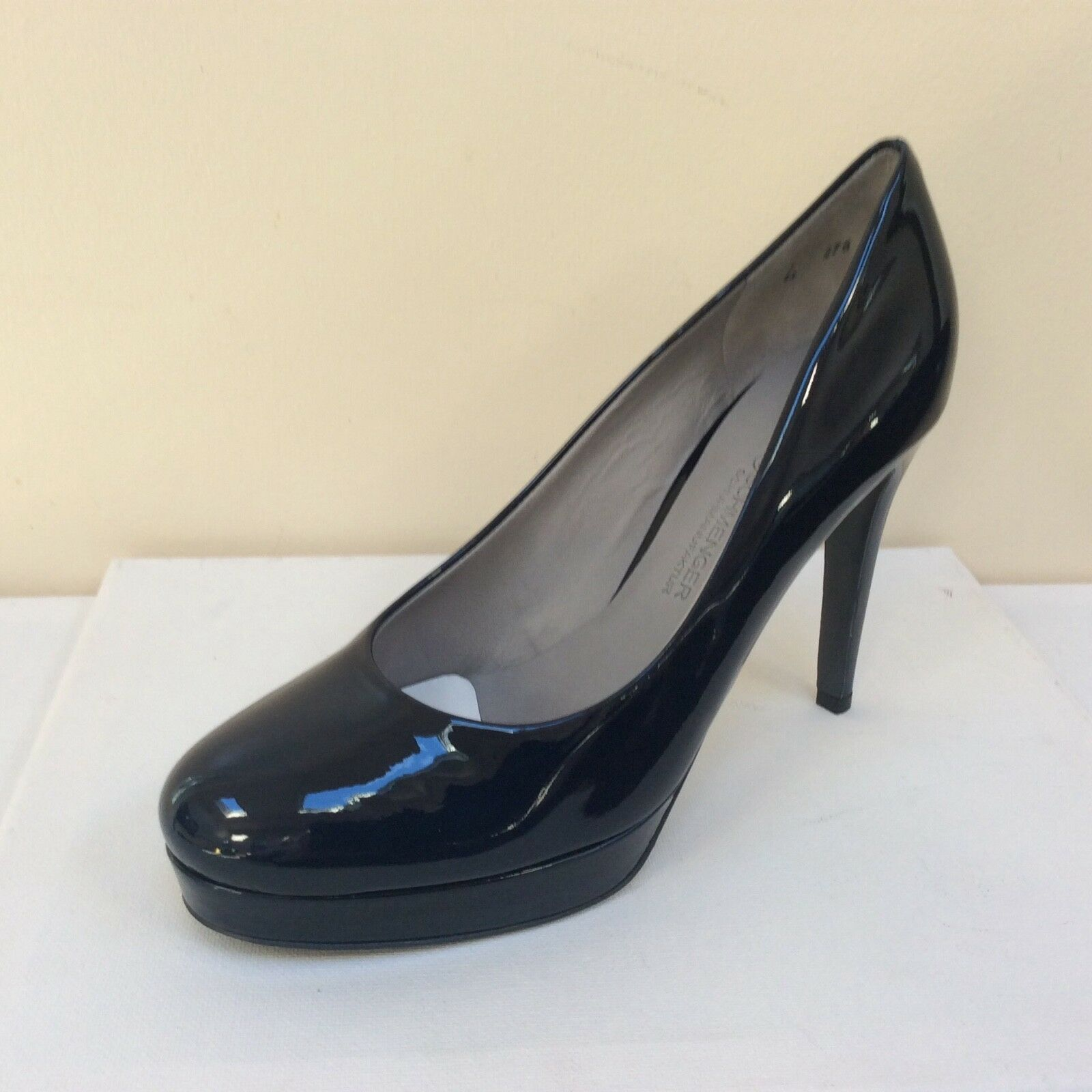 K&S Sheyla french navy patent platform courts, UK 4/EU 37,   BNWB