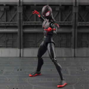 6-039-039-Marvel-Spider-Man-2-Into-the-Spider-Verse-Spider-Boy-Spidey-Action-Figure