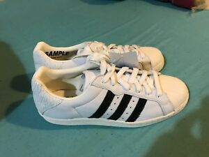 watch 8f5f2 4a9fc Image is loading Adidas-Originals-Ultrastar-80-s-White-With-Black-