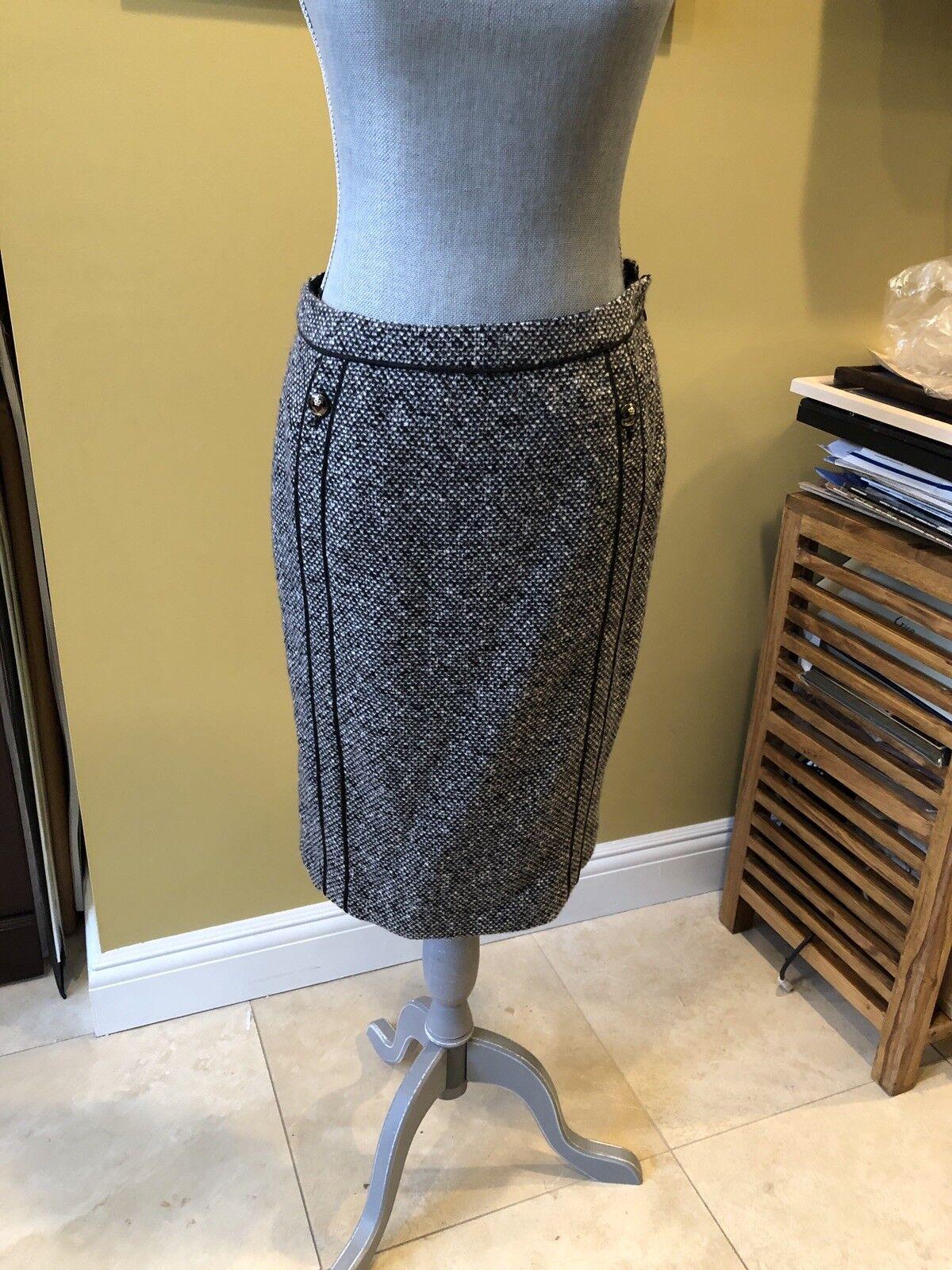 Escada Classic Tweed Skirt Sz 38 WOW