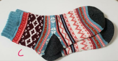 Cozy Thick Vintage Look Socks Fits Womens sizes 5-9 Fair Isle Warm Socks
