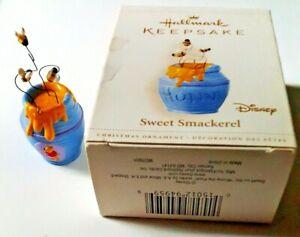 Hunny Pot  Bees Sweet Smackerel 2006 Hallmark Disney Winnie The Pooh Ornament