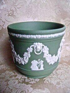 ELEGANT WEDGWOOD SAGE GREEN JASPERWARE JARDINIERE CACHE POT | eBay