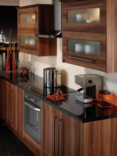 B/&Q Plum Style Shaker Replacement Kitchen Cupboards Doors Clearance Prices