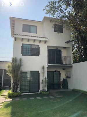 En venta casa dentro de un condominio de solo 4 casas en La Colonia Vicente Estrada Cajigal