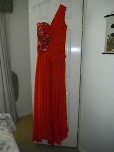 Designer-Tiana-Red-Evening-Formal-Gown-Size-12