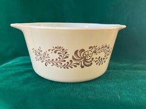 Pyrex homestead 1qt Cinderella casserole dish 473b