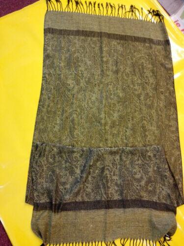 Schals Tücher