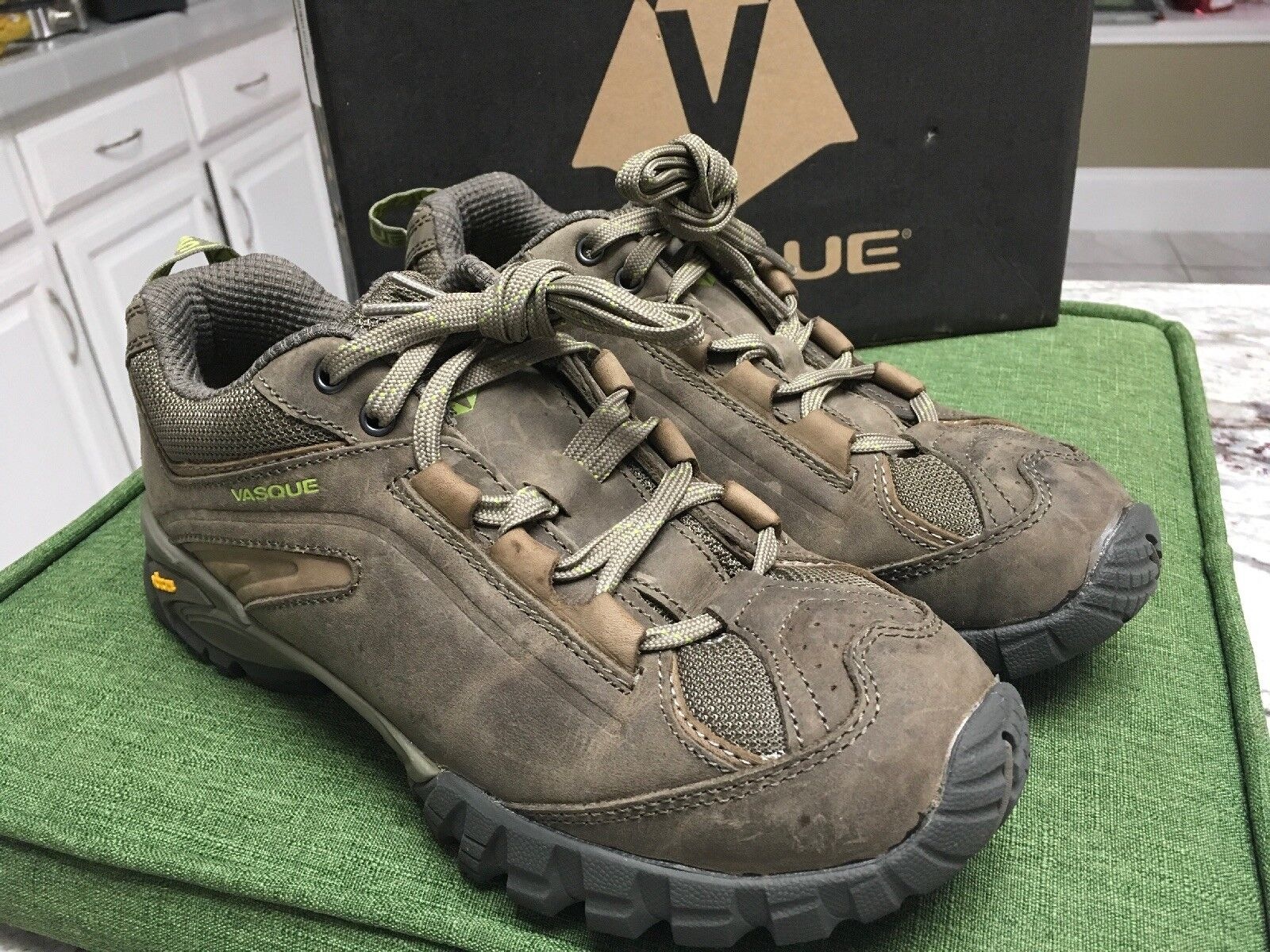 Vasque Mantra 2.0   8.5 Donna    Wide width   New    leather hiking scarpe cd47e9