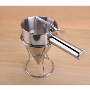Kitchen Utensils Stainless Steel Funnel Octopus Balls Baking Tool with Stand
