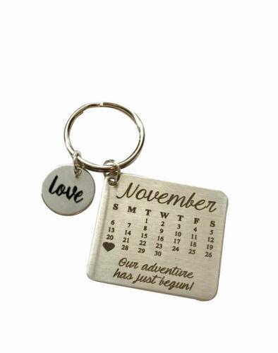 Wedding Gift Anniversary Keychain Important Date Engraved Calendar Keychain
