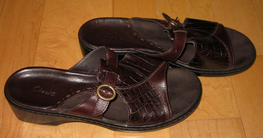 Clarks Wms Brown Leather Slide Sandals 9 M