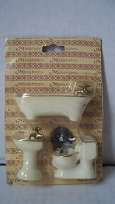 Miniature Doll House Bath Tub Sink and Toilet Bathroom Accessories MIB